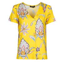 Oblečenie Ženy Tričká s krátkym rukávom Desigual LEMARK Žltá