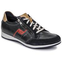 Topánky Muži Nízke tenisky Fluchos 0207-AFELPADO-MARINO Námornícka modrá