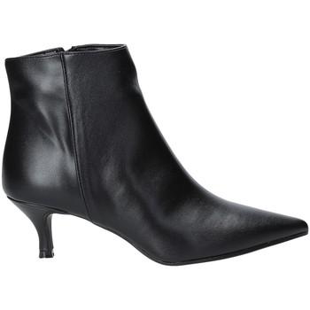 Topánky Ženy Čižmičky Grace Shoes 319S105 čierna