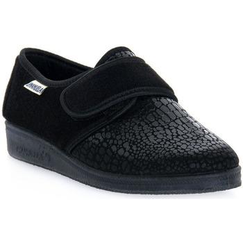 Topánky Muži Papuče Emanuela 608 NERO PANTOFOLA Nero