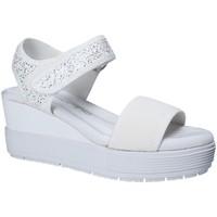 Topánky Ženy Sandále Fornarina PE17MJ1005J007 Biely