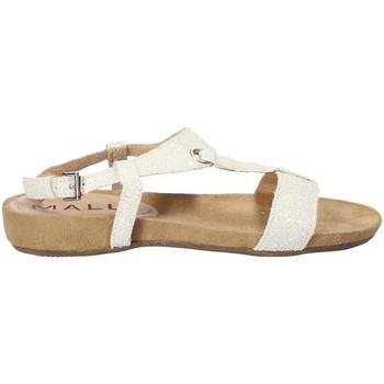 Topánky Ženy Sandále Mally 4681 Biely