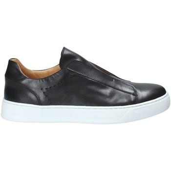 Topánky Muži Slip-on Exton 510 čierna