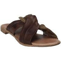 Topánky Ženy Šľapky 18+ 6113 Hnedá