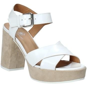 Topánky Ženy Sandále Janet Sport 43883 Biely