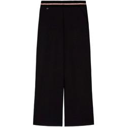 Oblečenie Ženy Padavé nohavice NeroGiardini E060060D čierna