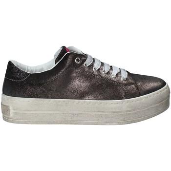 Topánky Ženy Módne tenisky Fornarina PE17MX1108R001 čierna
