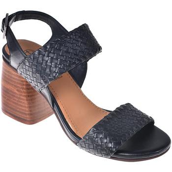 Topánky Ženy Sandále Onyx S19-SOX527 čierna