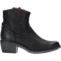 Topánky Ženy Čižmičky Wrangler WL92626A čierna