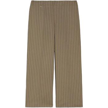 Oblečenie Ženy Padavé nohavice NeroGiardini E060151D Zelená