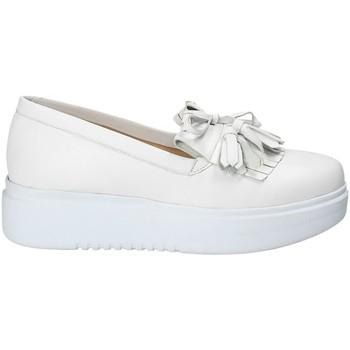 Topánky Ženy Slip-on Exton E01 Biely
