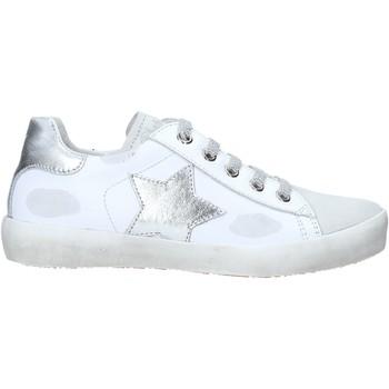 Topánky Deti Členkové tenisky Naturino 2014752 02 Biely