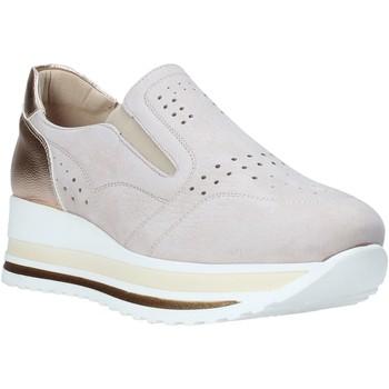 Topánky Ženy Slip-on Comart 1A3391PE Béžová