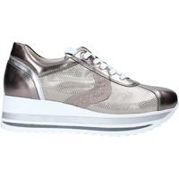 Topánky Ženy Nízke tenisky Comart 1A3467ST Béžová