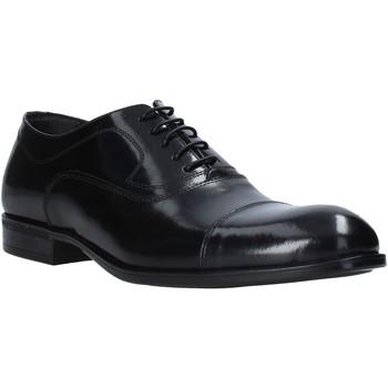 Topánky Muži Derbie Exton 1391 čierna