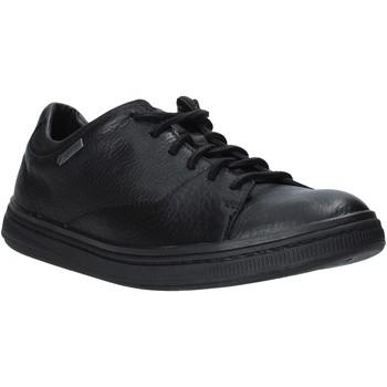 Topánky Muži Nízke tenisky Clarks 26136188 čierna