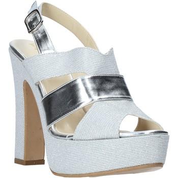 Topánky Ženy Sandále Esther Collezioni ELE 084 Striebro