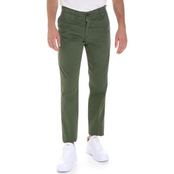 Oblečenie Muži Nohavice Chinos a Carrot Les Copains 9U3320 Zelená