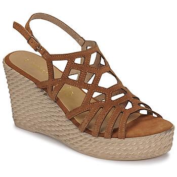 Topánky Ženy Sandále Marco Tozzi FRANCINE Koňaková