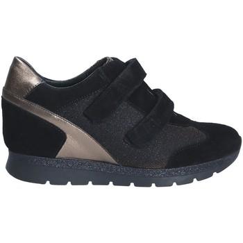 Topánky Ženy Nízke tenisky Keys 7079 čierna