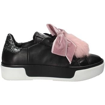 Topánky Ženy Nízke tenisky Janet Sport 42730 čierna