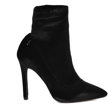 Topánky Ženy Čižmičky Gattinoni PINZO0778W čierna