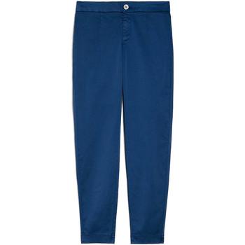 Oblečenie Ženy Nohavice Chinos a Carrot NeroGiardini E060100D Modrá