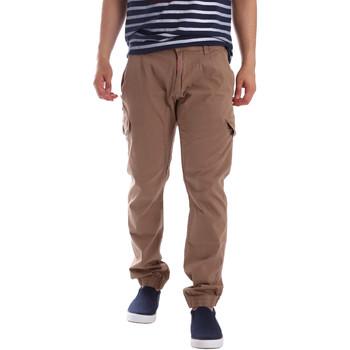 Oblečenie Muži Nohavice Cargo Gaudi 71BU25013 Béžová