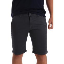 Oblečenie Muži Šortky a bermudy Navigare NV56001 Šedá