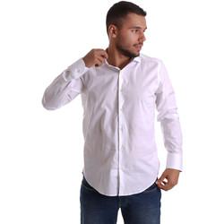 Oblečenie Muži Košele s dlhým rukávom Gmf 971250/01 Biely