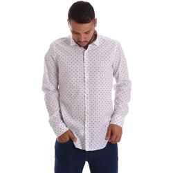Oblečenie Muži Košele s dlhým rukávom Gmf 971200/01 Biely