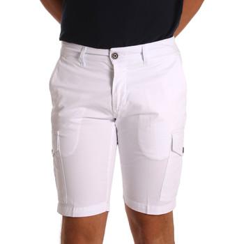 Oblečenie Muži Šortky a bermudy Sei3sei PZV130 7148 Biely