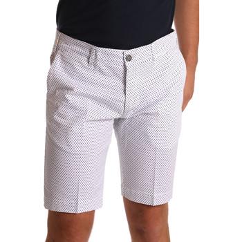 Oblečenie Muži Šortky a bermudy Sei3sei PZV132 71336 Biely