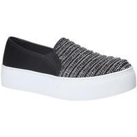 Topánky Ženy Slip-on Fornarina PE17RY1111S000 čierna