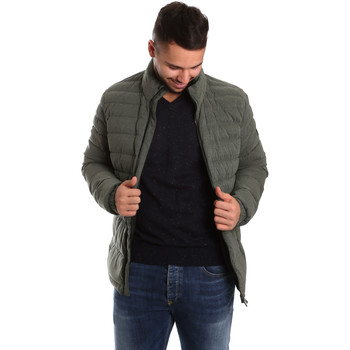 Oblečenie Muži Vyteplené bundy Ea7 Emporio Armani 6YPB23 PNB7Z Zelená