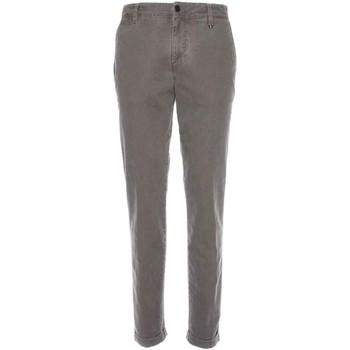 Oblečenie Muži Nohavice Chinos a Carrot NeroGiardini A770020U Ostatné