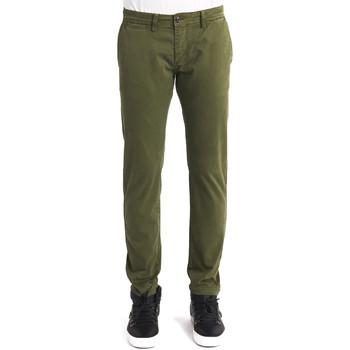 Oblečenie Muži Nohavice Chinos a Carrot Gaudi 821BU25007 Zelená