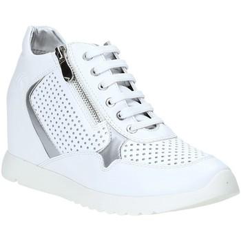 Topánky Ženy Nízke tenisky Lumberjack SW36205 003 P05 Biely