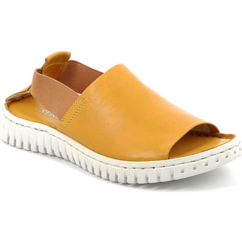Topánky Ženy Sandále Grunland SA2538 žltá