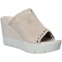 Topánky Ženy Šľapky Impronte IL91611A Béžová