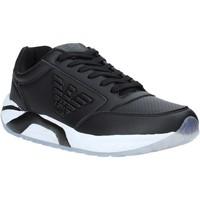 Topánky Muži Nízke tenisky Ea7 Emporio Armani X8X022 XK116 čierna