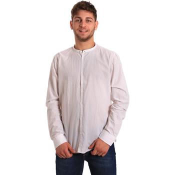 Oblečenie Muži Košele s dlhým rukávom Gaudi 811FU45020 Biely