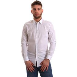 Oblečenie Muži Košele s dlhým rukávom Gaudi 821BU45014 Biely