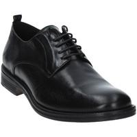Topánky Muži Derbie Exton 9553 čierna