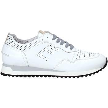 Topánky Muži Nízke tenisky Exton 903 Biely