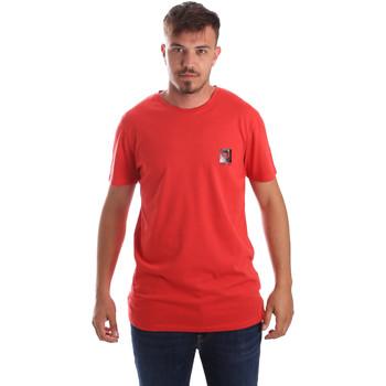 Oblečenie Muži Tričká s krátkym rukávom Byblos Blu 2MT0010 TE0045 Červená