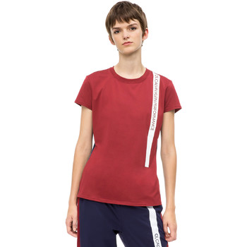 Oblečenie Ženy Tričká s krátkym rukávom Calvin Klein Jeans 00GWH8K169 Červená