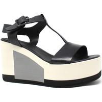 Topánky Ženy Sandále Marco Ferretti 660299MF čierna
