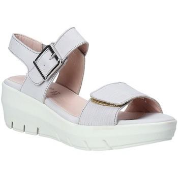 Topánky Ženy Sandále Grunland SA1881 Biely