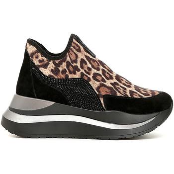Topánky Ženy Slip-on Café Noir DC975 čierna